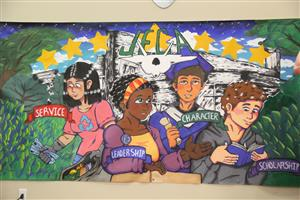 Students unveil new mural